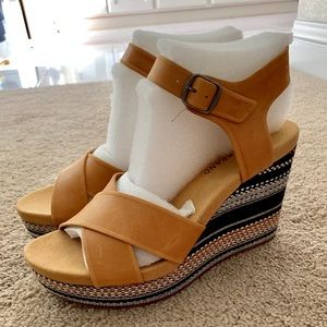 Lucky Brand threaded wedge heels